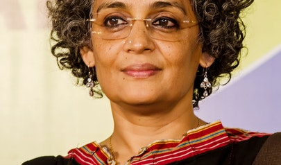 Arundhati Roy photo