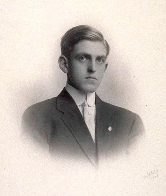 Sidney Howard