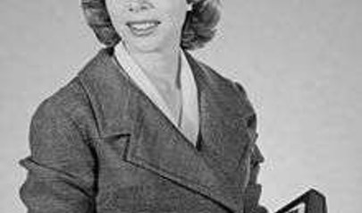 Joyce Brothers photo