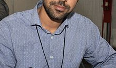 Karan Mahajan photo