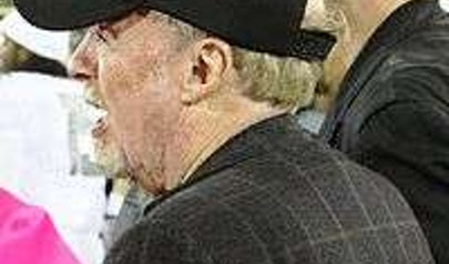 Phil Knight photo
