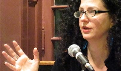 Emily Nussbaum photo