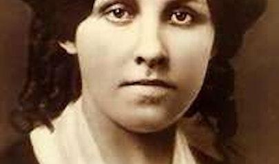 Louisa May Alcott photo