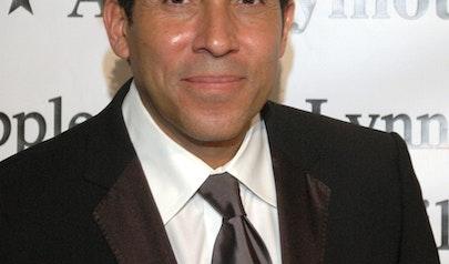Oscar Nunez photo