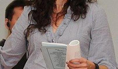 Michaela Watkins photo