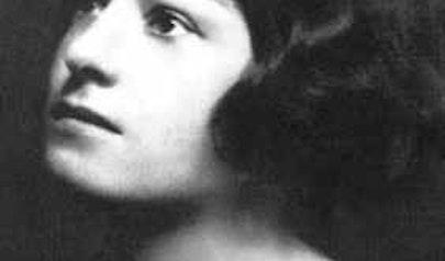 Dorothy Parker photo