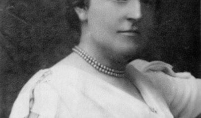 Frances Hodgson Burnett photo