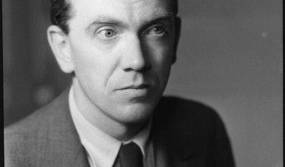 Graham Greene photo
