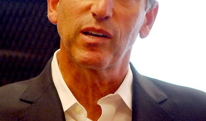 Howard Schultz photo