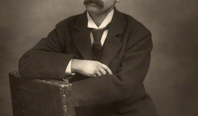 J.M. Barrie photo