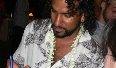Naveen Andrews photo