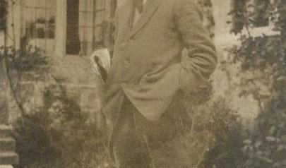 Robert Graves photo