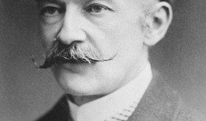 Thomas Hardy photo