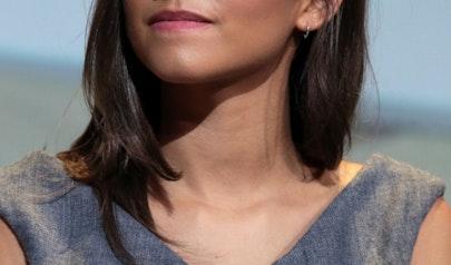 Zendaya photo