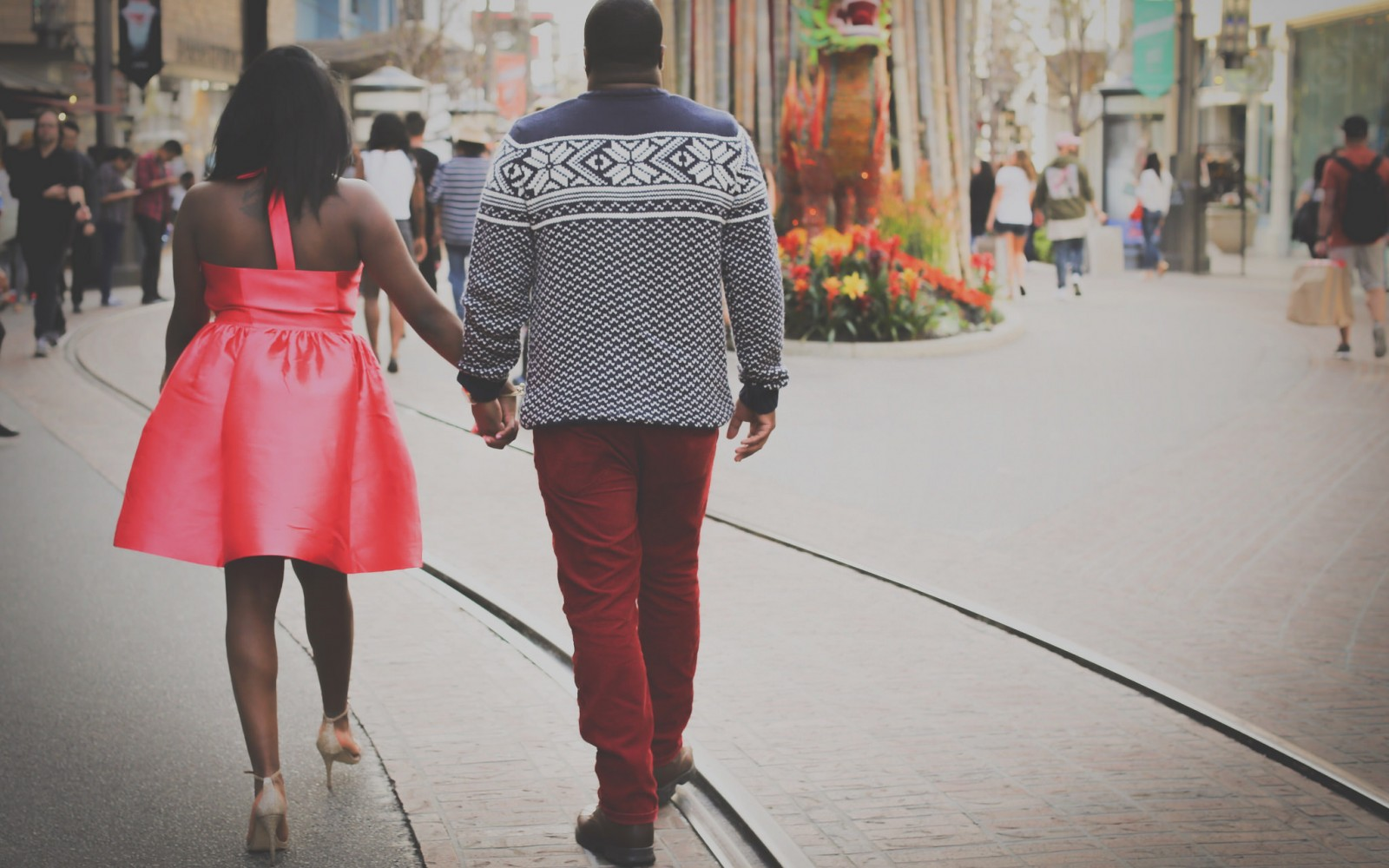50 Dating Tips That Will Help You Find A Good Guy For A Change