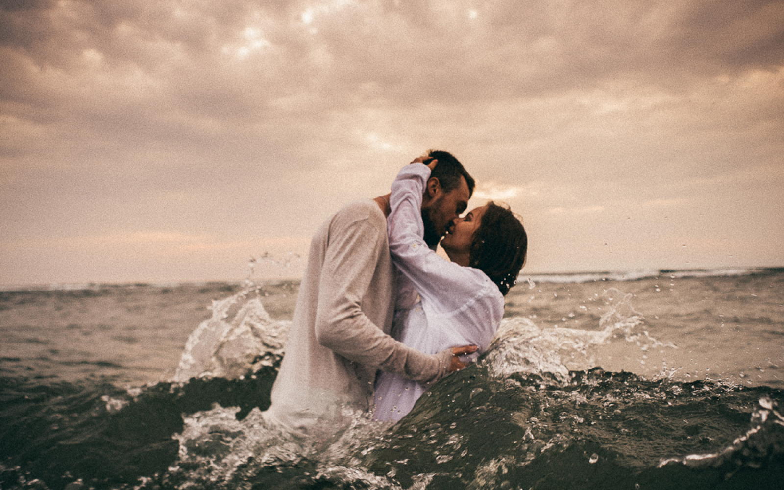 15 Quotes That Describe The Beautiful Agony Of Loving Someone Who Is Far Away