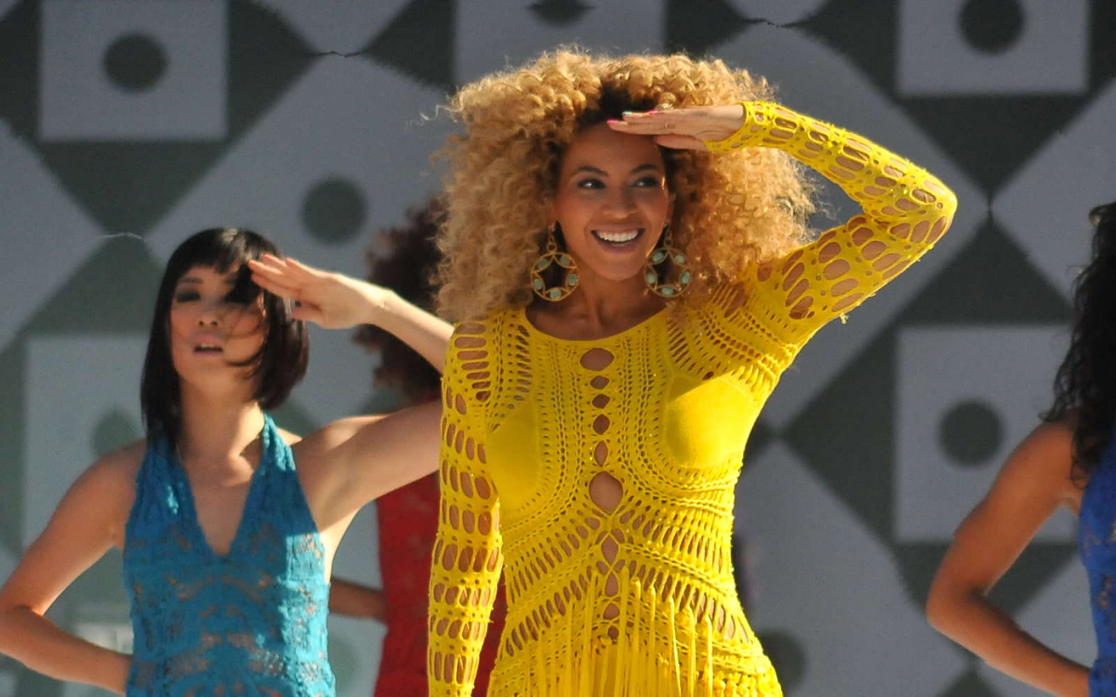 40 Beyoncé Lyrics To Remind You Why She's The Queen