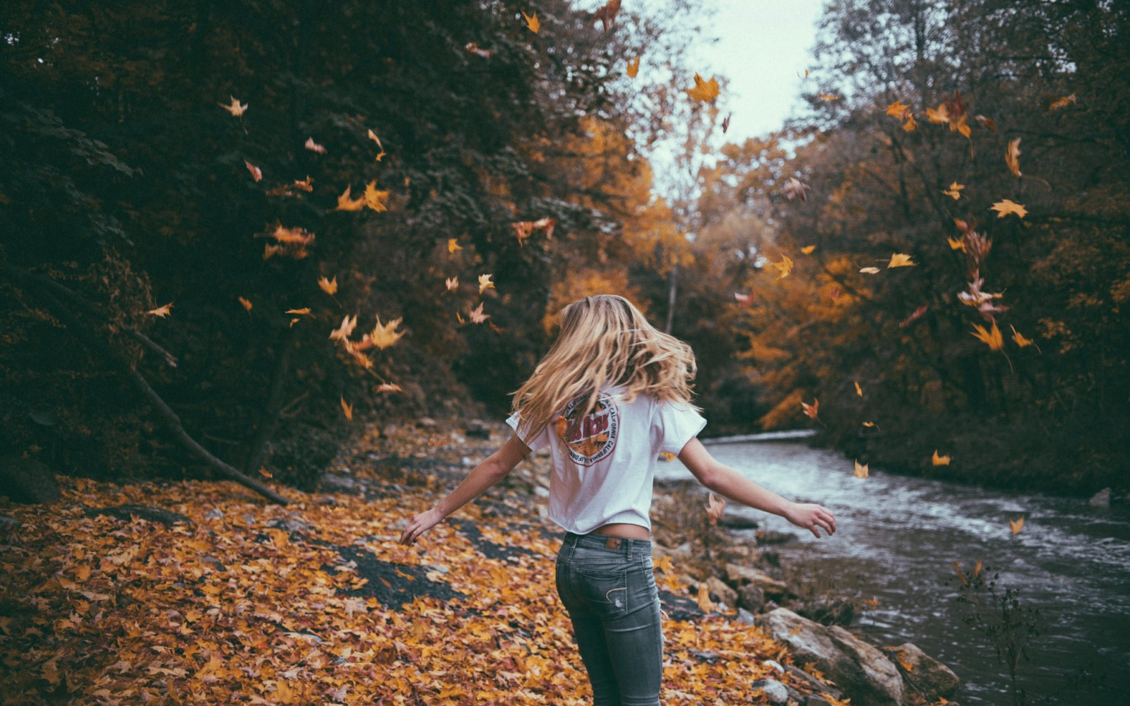 10 Quotes That Perfectly Describe Our Unapologetically Basic Obsession With Fall
