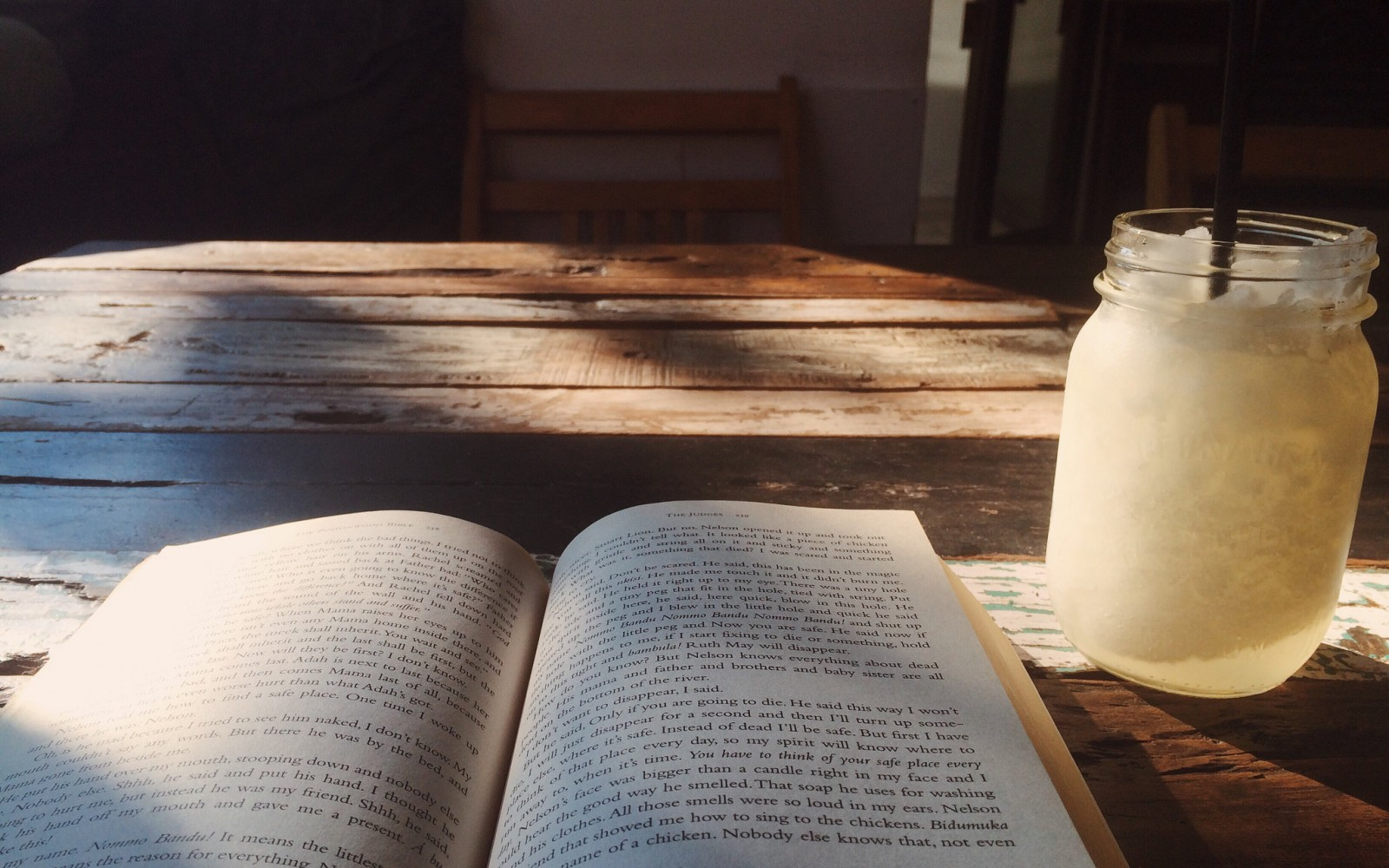 51 Quotes About Reading That Will Soothe Your Book-Loving Soul