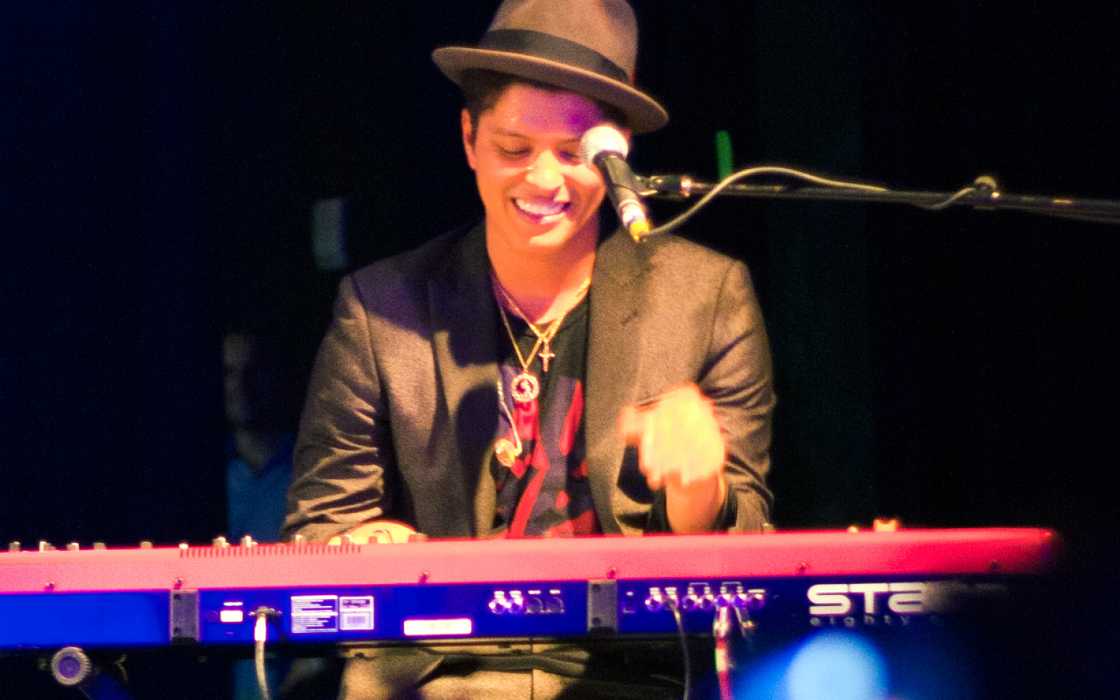 19 Of The Most Romantic Bruno Mars Lyrics Of All Time