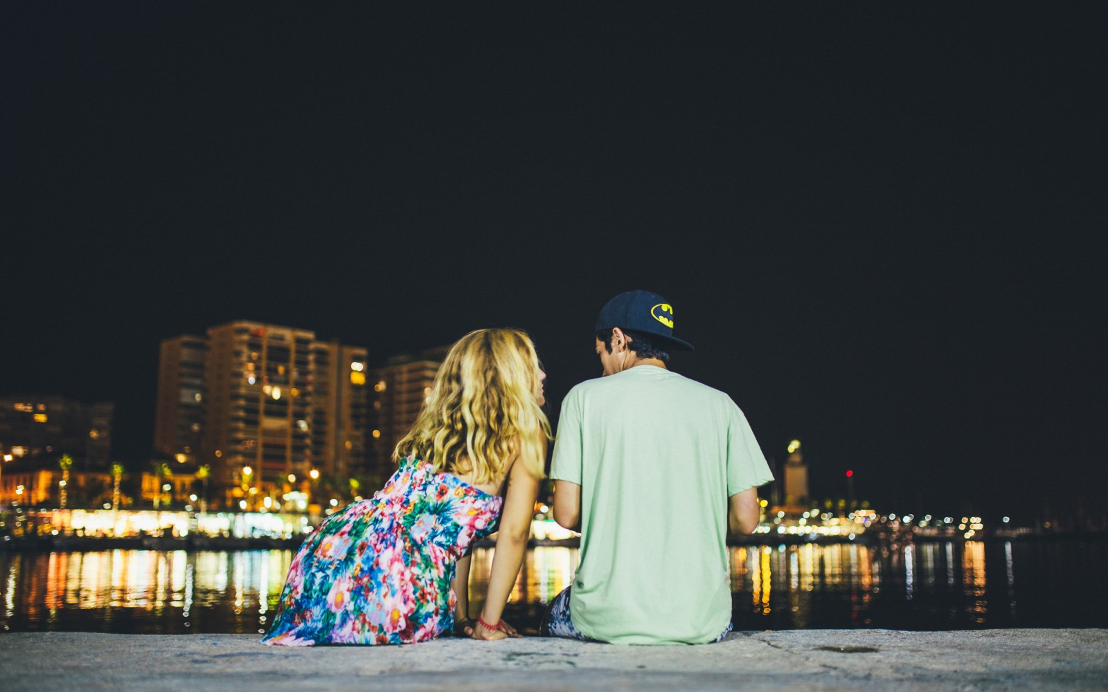 50 Signs He'll Never Commit To The Relationship You Actually Deserve