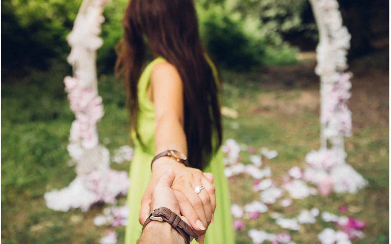 15 Alain De Botton Quotes That Will Make You Believe In Soulmates Again